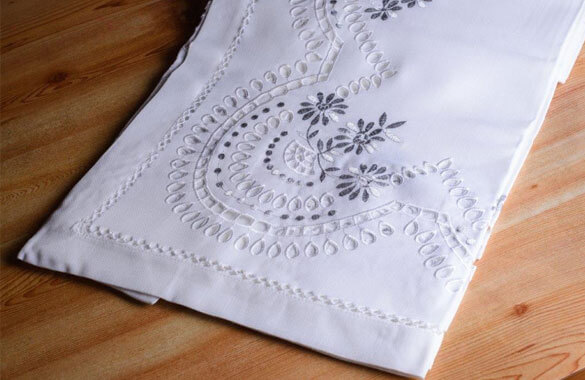Melbourne Table Cloths